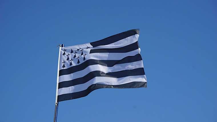 Le drapeau de la Bretagne